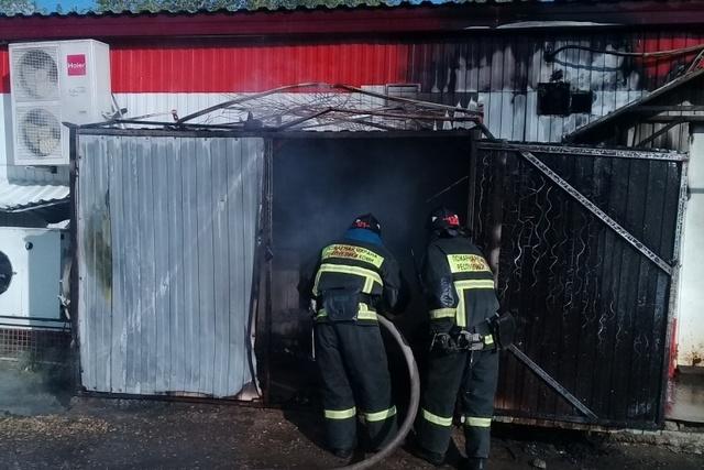 В Коми из-за кучи мусора загорелся «Магнит»